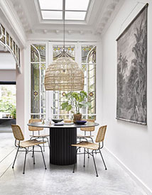 HKLIVING dining area with wicker chairs and wooden chandelier from Maison & Objet 2019