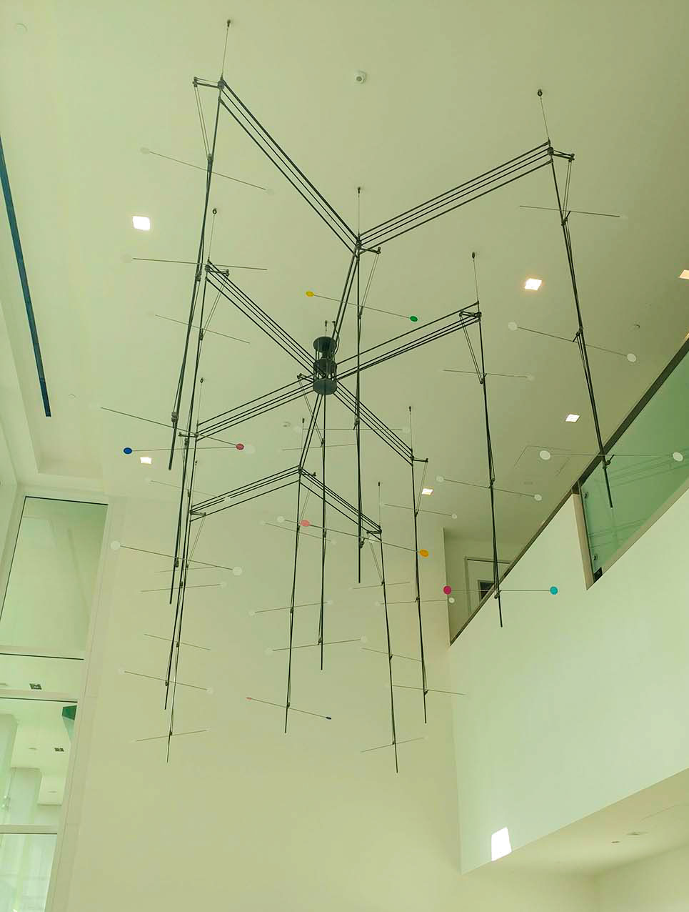 large lobby sculpture art in the Kaiser Permanente Ontario, CA medical center